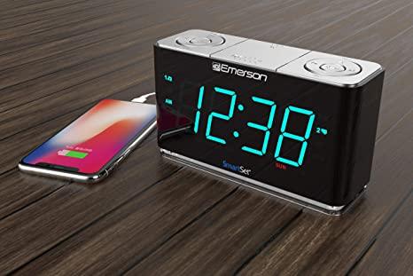 Emerson SmartSet Alarm Clock Radio
